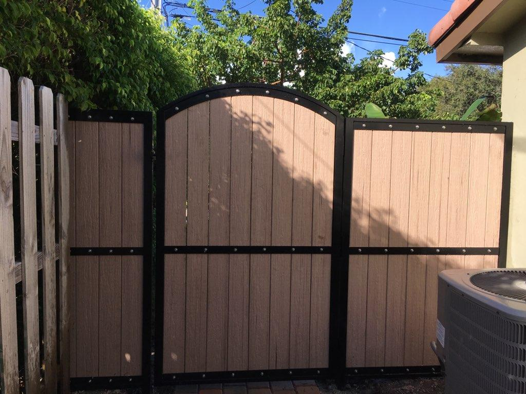 Wood Fence Installation In Broward County Power Fence Inc