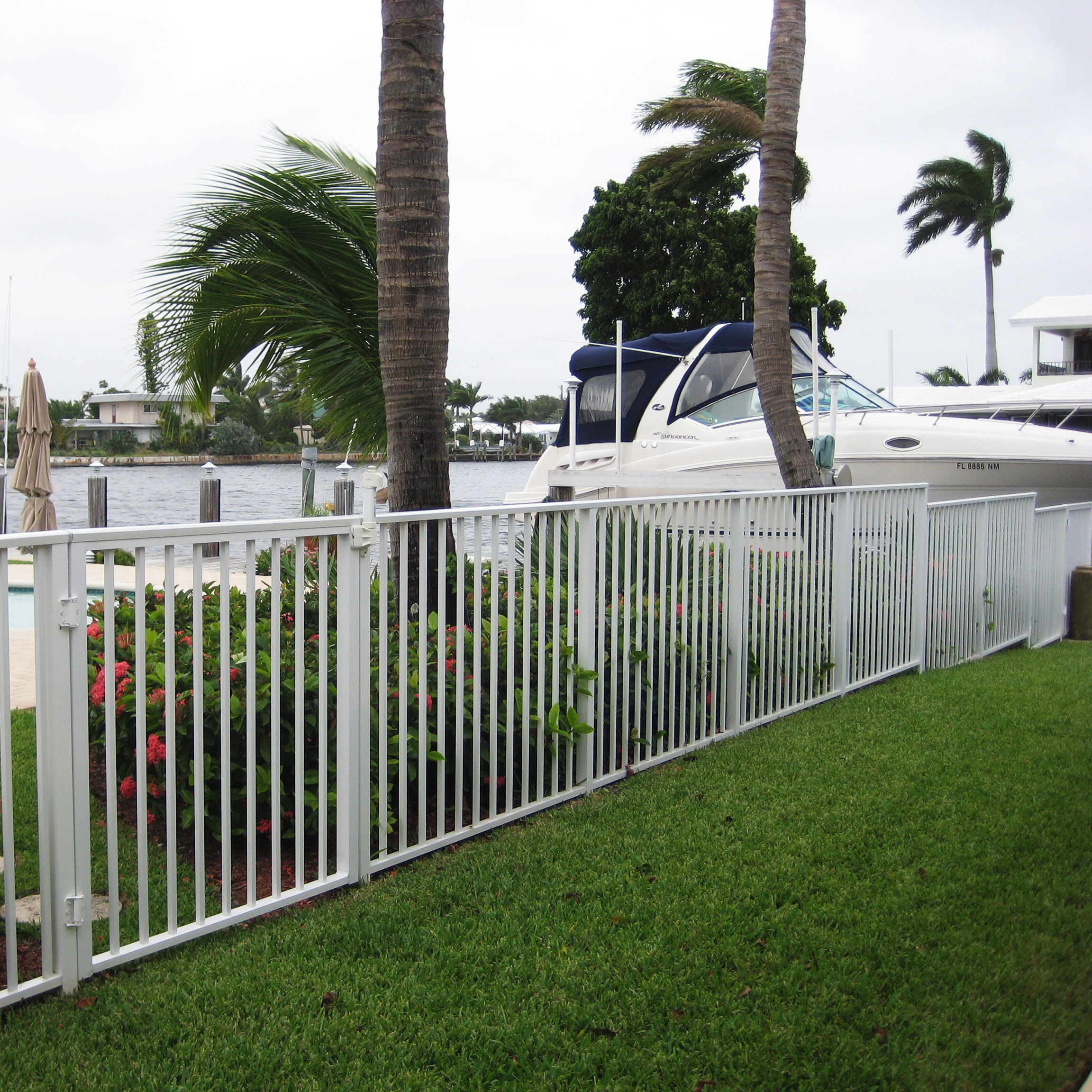 Aluminum fence installation in broward county power