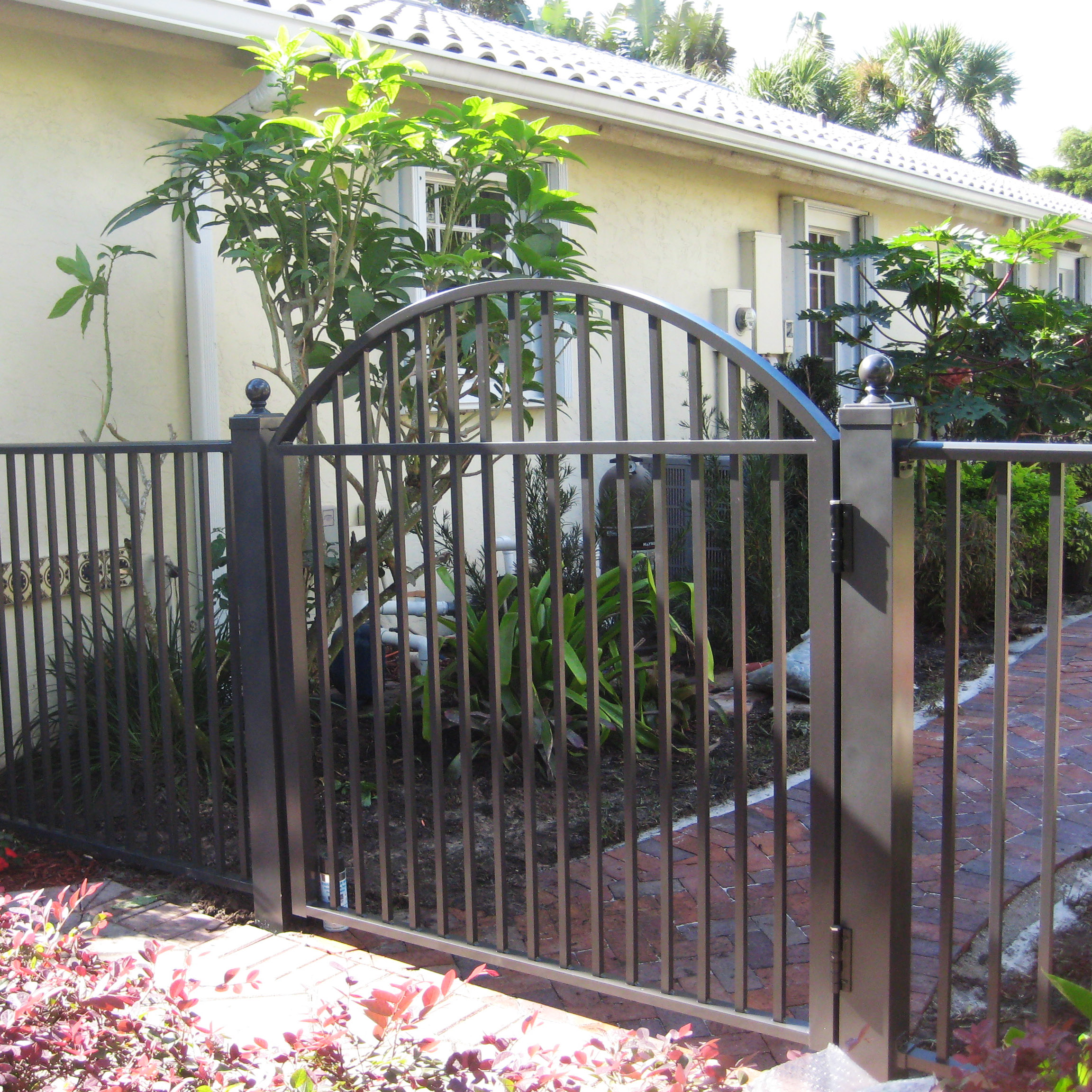 Custom Gate Installation In Broward County Power Fence Inc