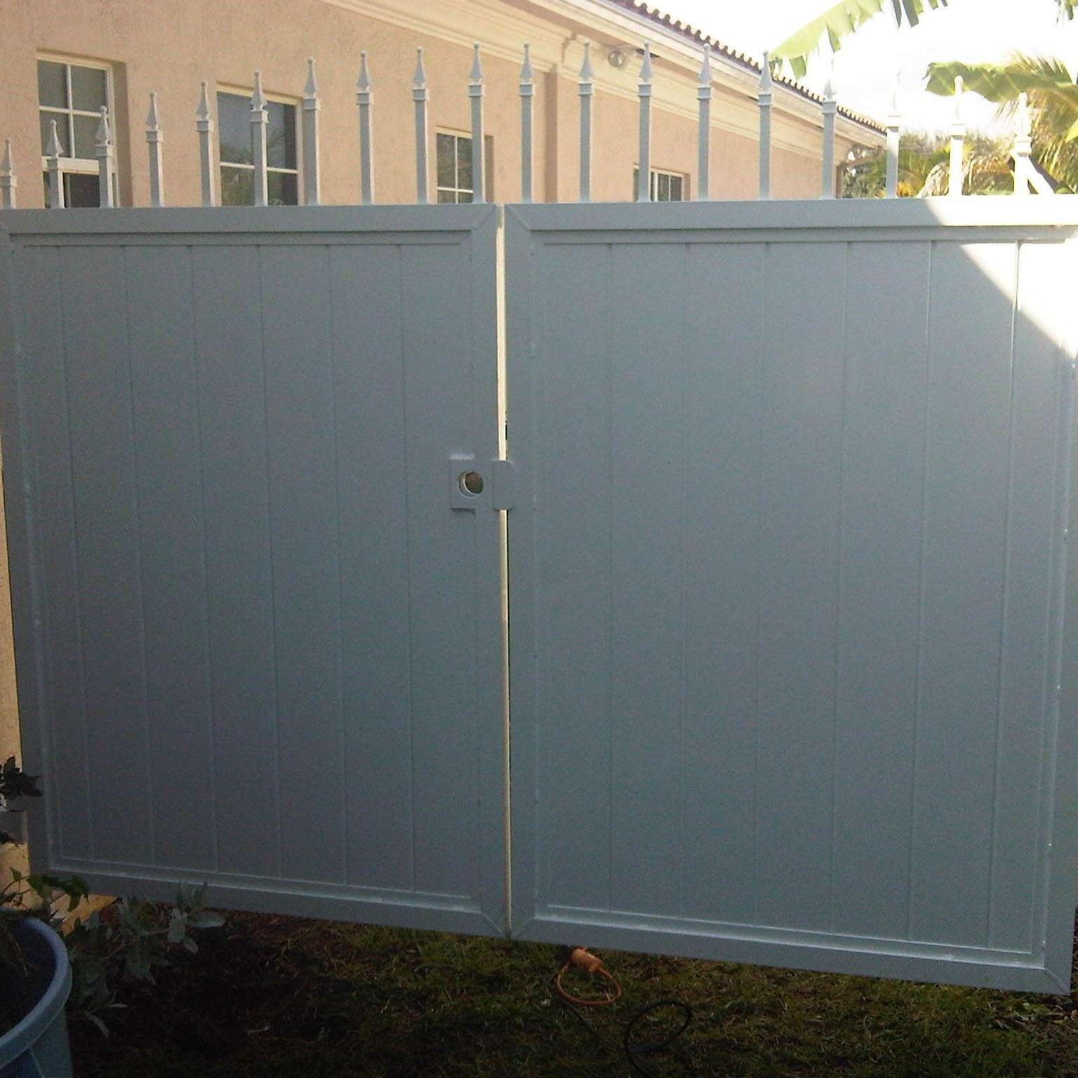 Custom Gate Installation In Broward County Power Fence Inc