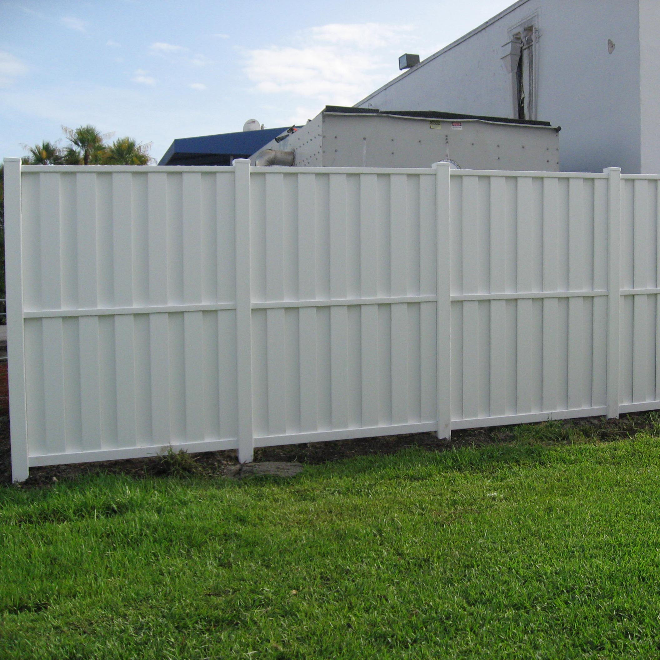 Vinyl Fence Installation in Broward County Power Fence Inc